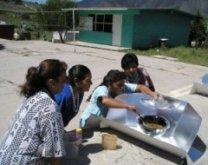 Hot Pot Solar Cooker in Mexico