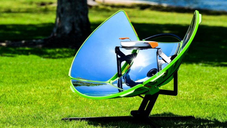 SolSource Sport Parabolic in Park