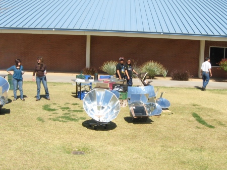 Homemade solar cookers