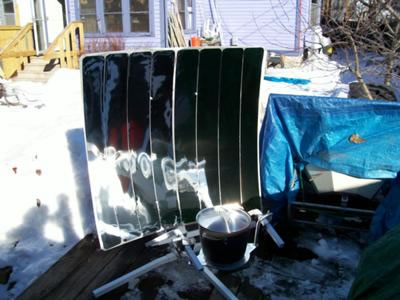 Andersen Solar Cooker on our Solar Deck!