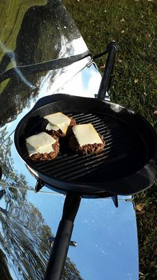 burgers on the SolSource