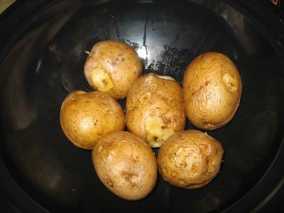 Hot Pot Baked Potatoes
