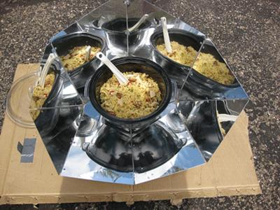 Hot Pot Solar Paella