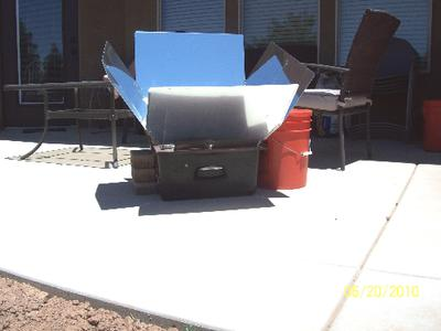 Brick and Bucket Braced Sun Oven