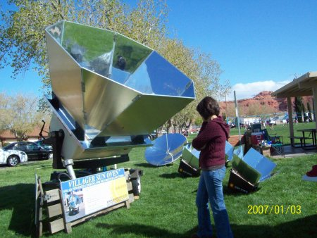 solar cooker-the Villager Sun Oven