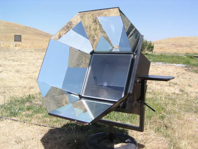 Les McEvers Homemade Solar Oven 4