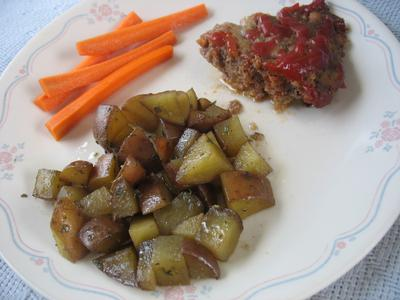 Hot Pot Meatloaf and potatoes