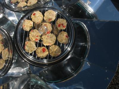 Solar Cooker Flat Bread with tomatoes and basil