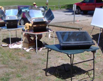 Solar Mike of Santa Cruz used the S.O.S. and two Sun Ovens.  Mike is a very informative man.